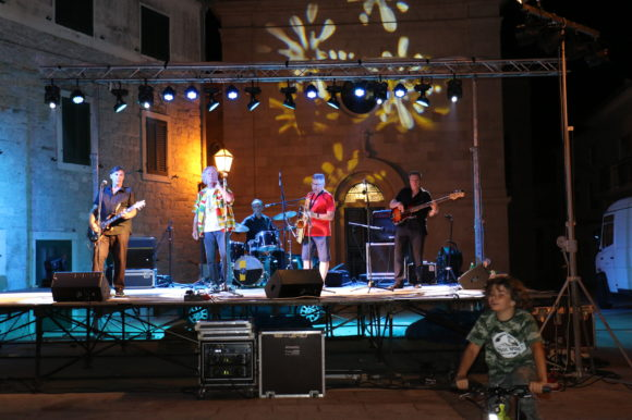 Održan koncert grupe Twins Rock