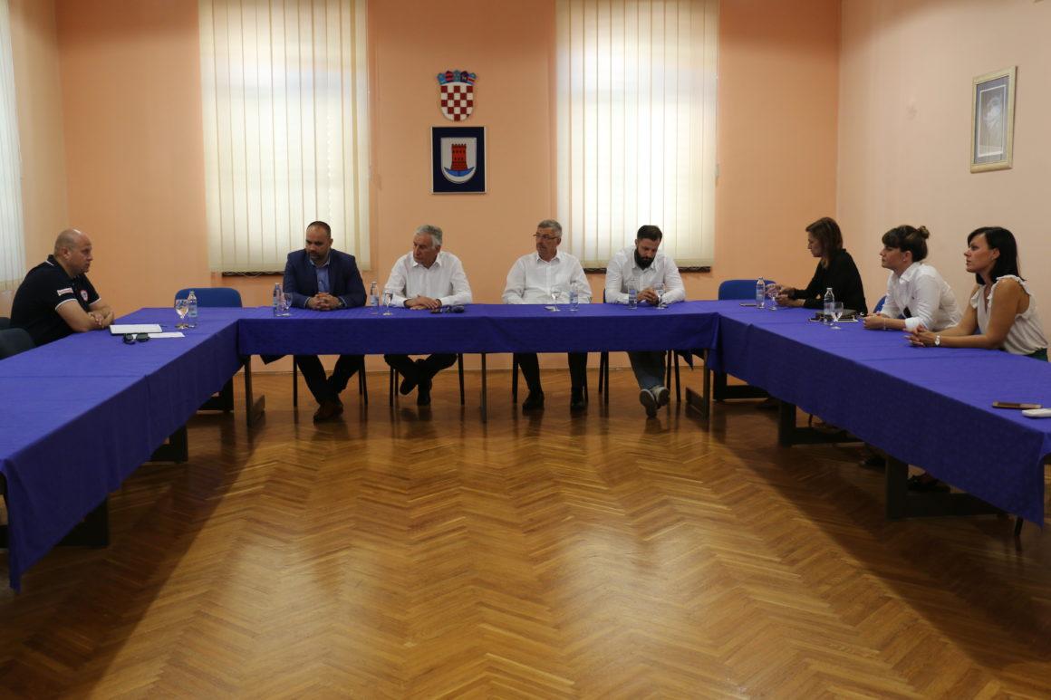Održan sastanak Izvršnog odbora Udruge lađara Neretve.