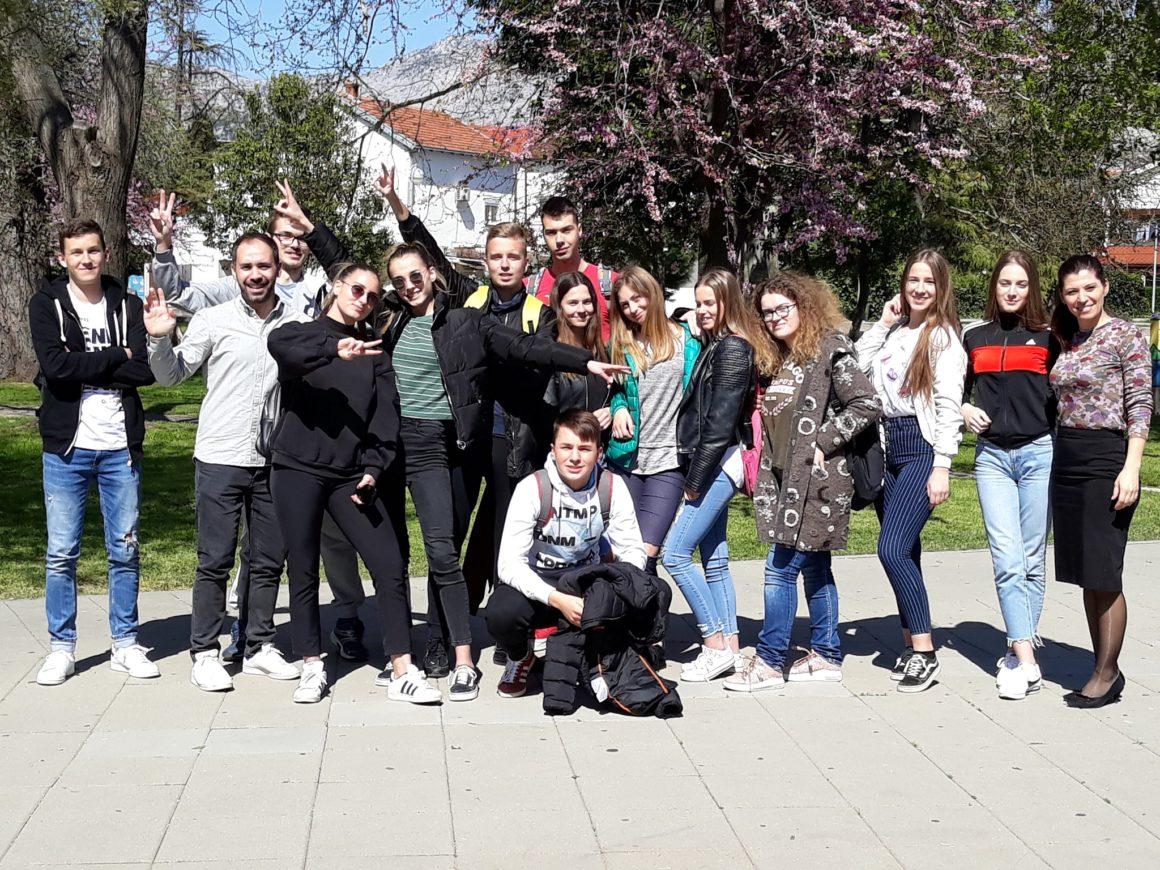 Opuzenski srednjoškolci otputovali na dvotjednu stručnu praksu u Frankfurt