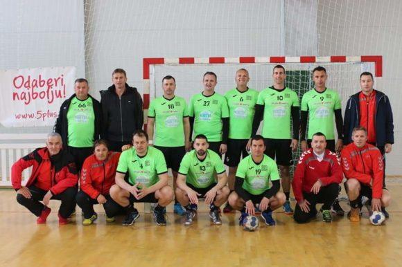 Rukometni veterani iz Opuzena osvojili prvo mjesto na rukometnom turniru 'Srce Bosne' održanom na Vlašiću