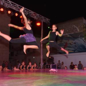 Dječji razigrani koraci plesne skupine Astarta