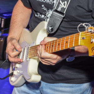 Split rock band nastupio u Opuzenu u sklopu Opuzenskog lita