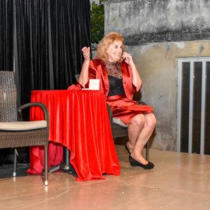 Vječnu temu odnosa muškaraca i žena ispričala je opuzenskoj publici glumica Jadranka Elezović 21. srpnja 2019.